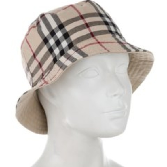 169a80269 Vintage Burberry reversible Nova Check Bucket Hat